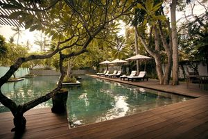 Pool inmitten tropischer Vegetation Kayumanis Private Villa & Spa Nusa Dua bali