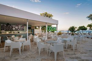 Strandbar - COOEE at Grand Paradise Playa Dorada - Dominikanische Republik
