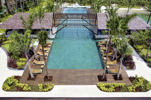 Swimmingpool im Moevenpick Resort and Spa Jimbaran
