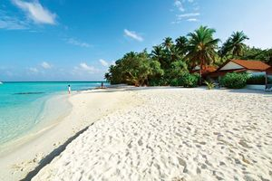 Traumstrand der Insel Diamonds Athuruga Beach & Water Villas