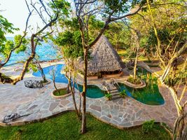 Galana Pool Bar im The Sands at Chale Island - Kenia