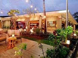 Die Strandbar Pier Eight Fairmont Sanur Beach Bali