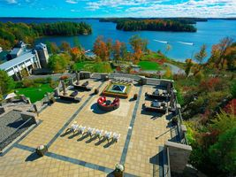Terrasse - JW Marriott The Rosseau Muskoka Resort & Spa - Kanada