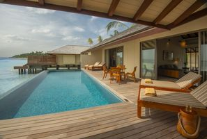 Pool der Water Pool Villa the residence maldives malediven