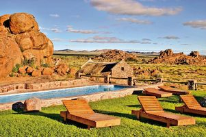 Swimmingpool und Sonnenterrasse - Canyon Village - Fish Rover Canyon - Namibia