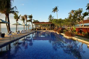Swimmingpool im The Anvaya Beach Resorts Bali