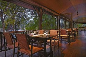 Terrasse des The Service 1921 Restaurant & Bar - Anantara Chiang Mai Resort & Spa - Thailand