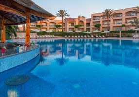 Pool Bar - Cleopatra Luxury Resort Sharm El Sheikh - Aegypten