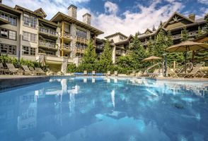 Swimmingpool - Blackcomb Springs Suites - Kanada