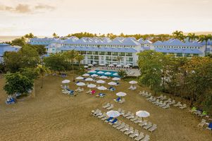 Strand - COOEE at Grand Paradise Playa Dorada - Dominikanische Republik
