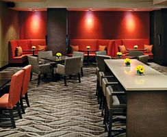 Bar - Holiday Inn Hotel & Suites Vancouver Downtown - Kanada