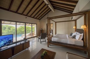 Schlafzimmer der Water Pool Villa the residence maldives malediven