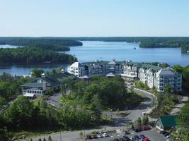 Blick auf das Resort - JW Marriott The Rosseau Muskoka Resort & Spa - Kanada