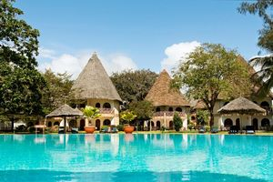 Poolanlage - Neptune Paradise Beach Resort & Spa - Kenia