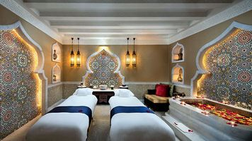 Massageanwendungen im Spa - Emirates Palace - Abu Dhabi