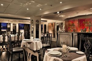 Restaurant an Bord der MS Mayfair