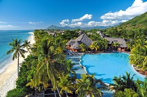 Poolanlage vom Beachcomber Dinarobin Golf & Spa - Mauritius