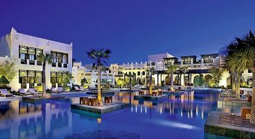 Poolbereich des Sharq Village & Spa - Doha