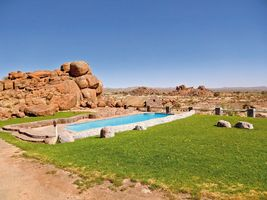 Swimmingpool und Landschaft - Canyon Village - Fish Rover Canyon - Namibia