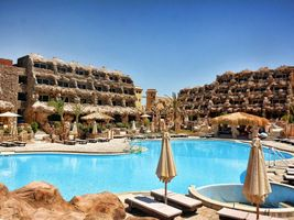 Swimmingpool - Caves Beach Resort - Hurghada - Ägypten