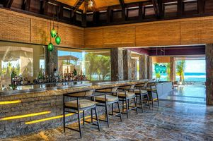 The Retreat Bar - The Westin Turtle Bay Resort & Spa - Baie aux Turtes - Mauritius