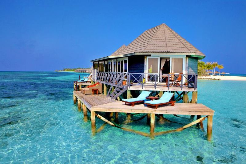 kuredu island resort spa hotels malediven siamar. Black Bedroom Furniture Sets. Home Design Ideas